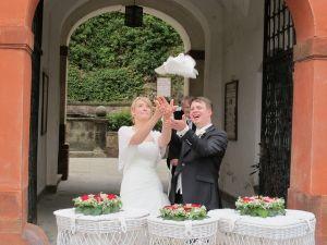 2017-014-HochzeitMitTaubenauflass