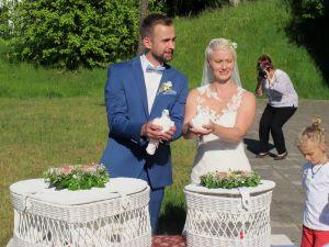 2017-032-HochzeitMitTaubenauflass