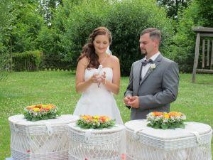 2017-052-HochzeitMitTaubenauflass