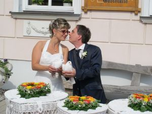2017-055-HochzeitMitTaubenauflass