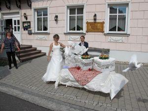 2017-057-HochzeitMitTaubenauflass